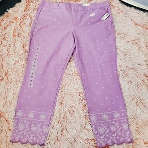 NWT Old Navy woman ankle length Pixie pants Sz 18